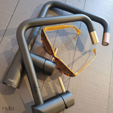 Messing/Gold Küchenarmatur Schwarz/Gold/Messing - Nivito 1-RH-340-BISTRO